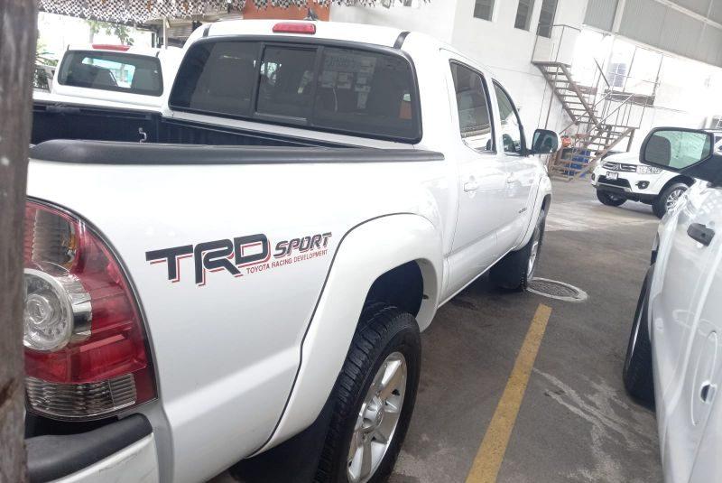TACOMA TRD SPORT 4X2 2015